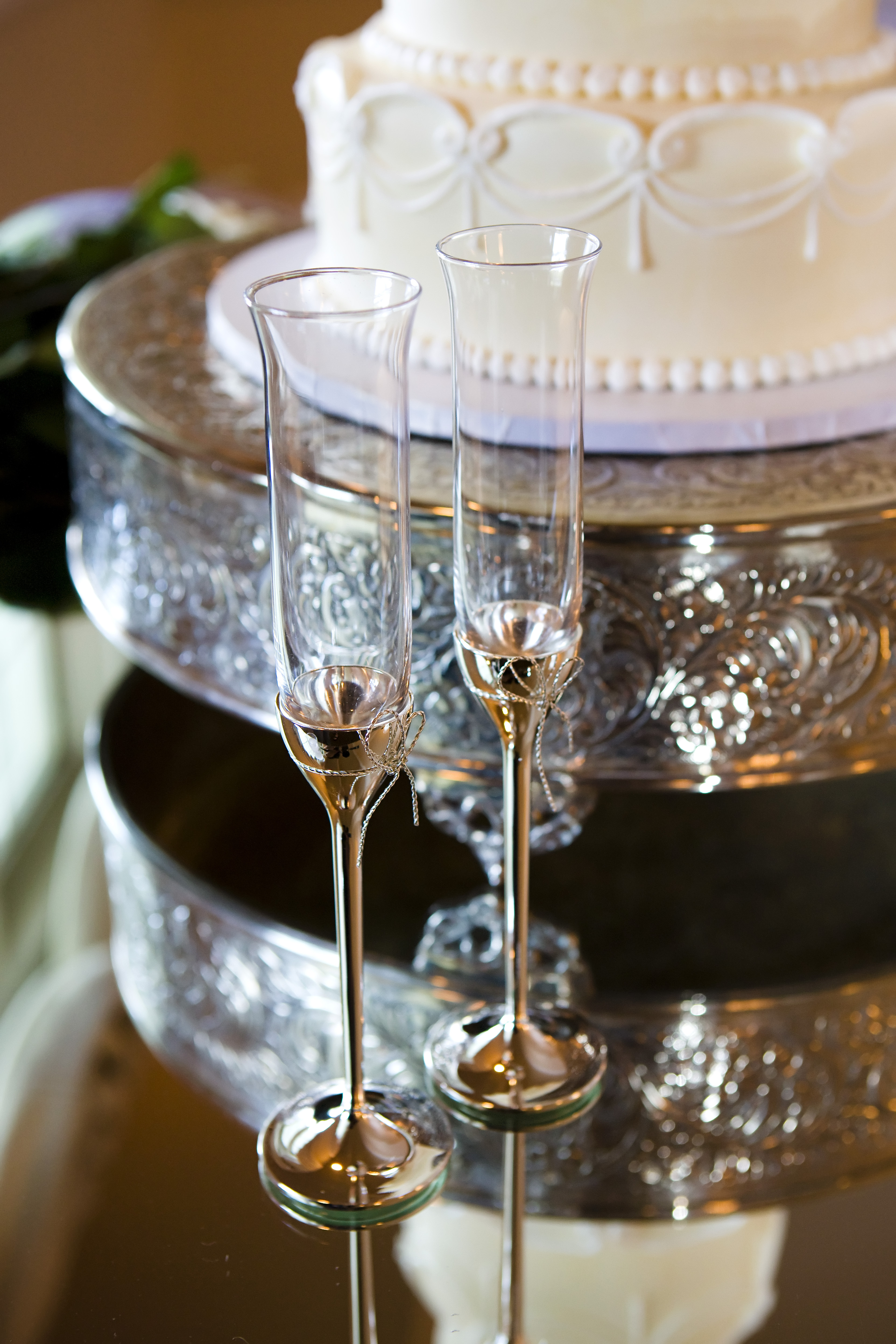 ivory, Champagne, Flutes