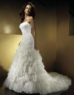 Monis bridal fashion inc