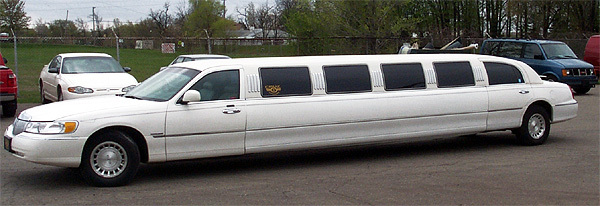 Cruz limousine