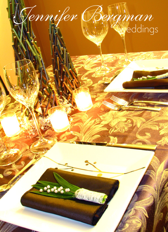 Flowers & Decor, Decor, Destinations, green, brown, planner, North America, Centerpiece, Wedding, Table, Napkin, Weddings, Design, Coordinator, Jennifer, Head table, Pearl, Christmas, Centrepiece, Consultant, Place setting, Canada, Edmonton, Alberta, Bergman, Chocolate brown
