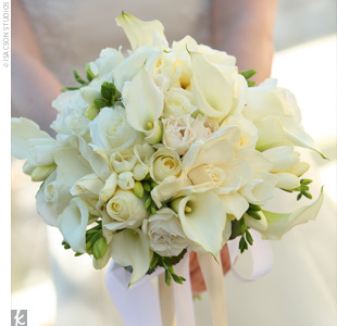 white, Bouquet, Calla lily, Peony, Freesia