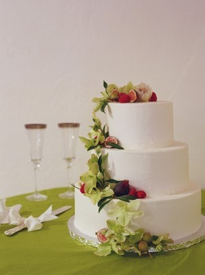 Flowers & Decor, Cakes, white, green, cake, Rustic, Flowers, Wedding, And, Cream, Wgite