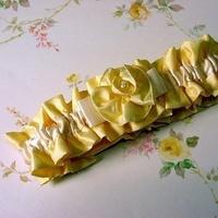 ivory, yellow, Garter, And, 2, Silk, Thai