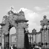 Bride, Groom, Gate, Castle, Levente photography