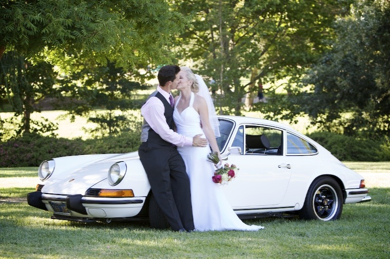Bride, Groom, Car, Park, Kissing, Levente photography