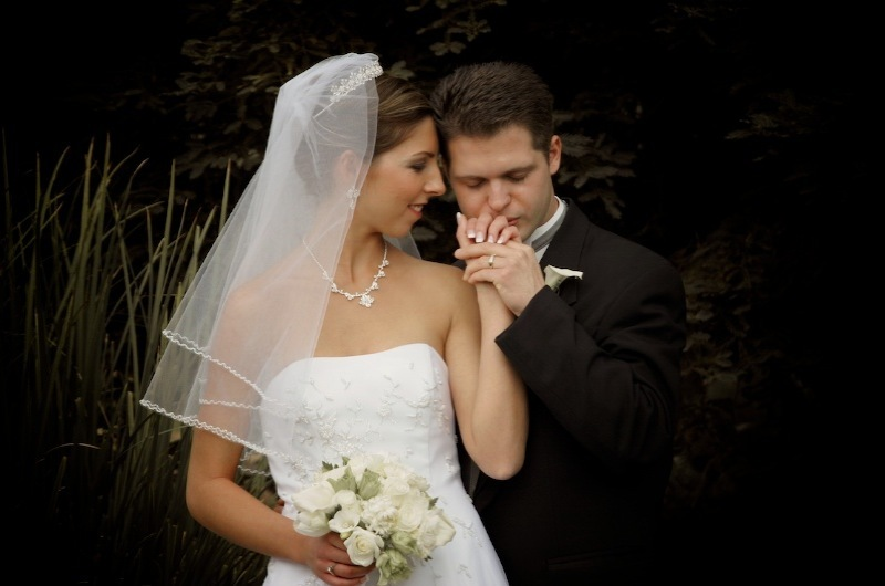 Bride, Groom, Wedding, Kiss, Levente photography