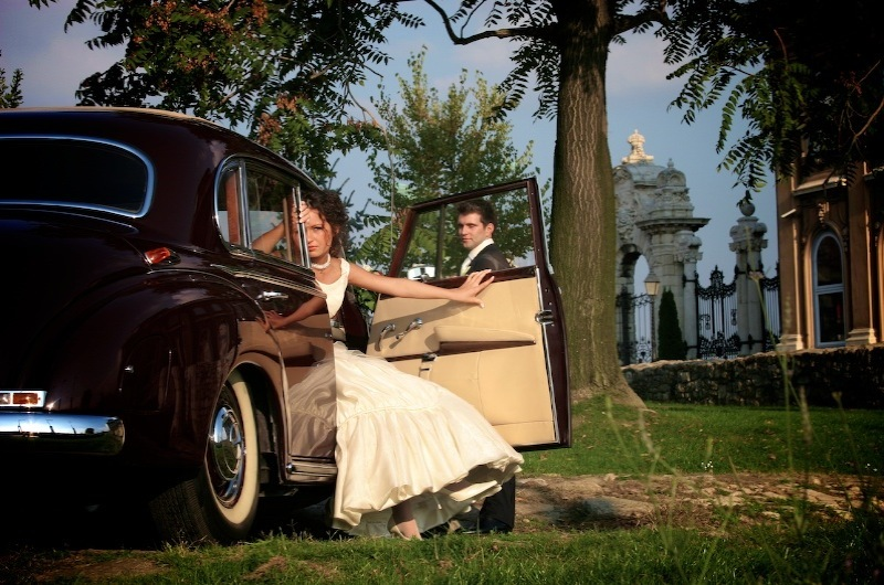 Bride, Groom, Car, Park, Levente photography