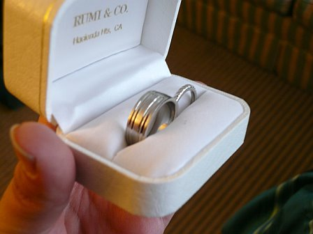 white, gold, Platinum, Wedding, Bands, Co, Rumi