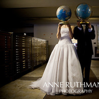 Bride, Groom, Portrait, Library, Global, World, Anne ruthmann photography