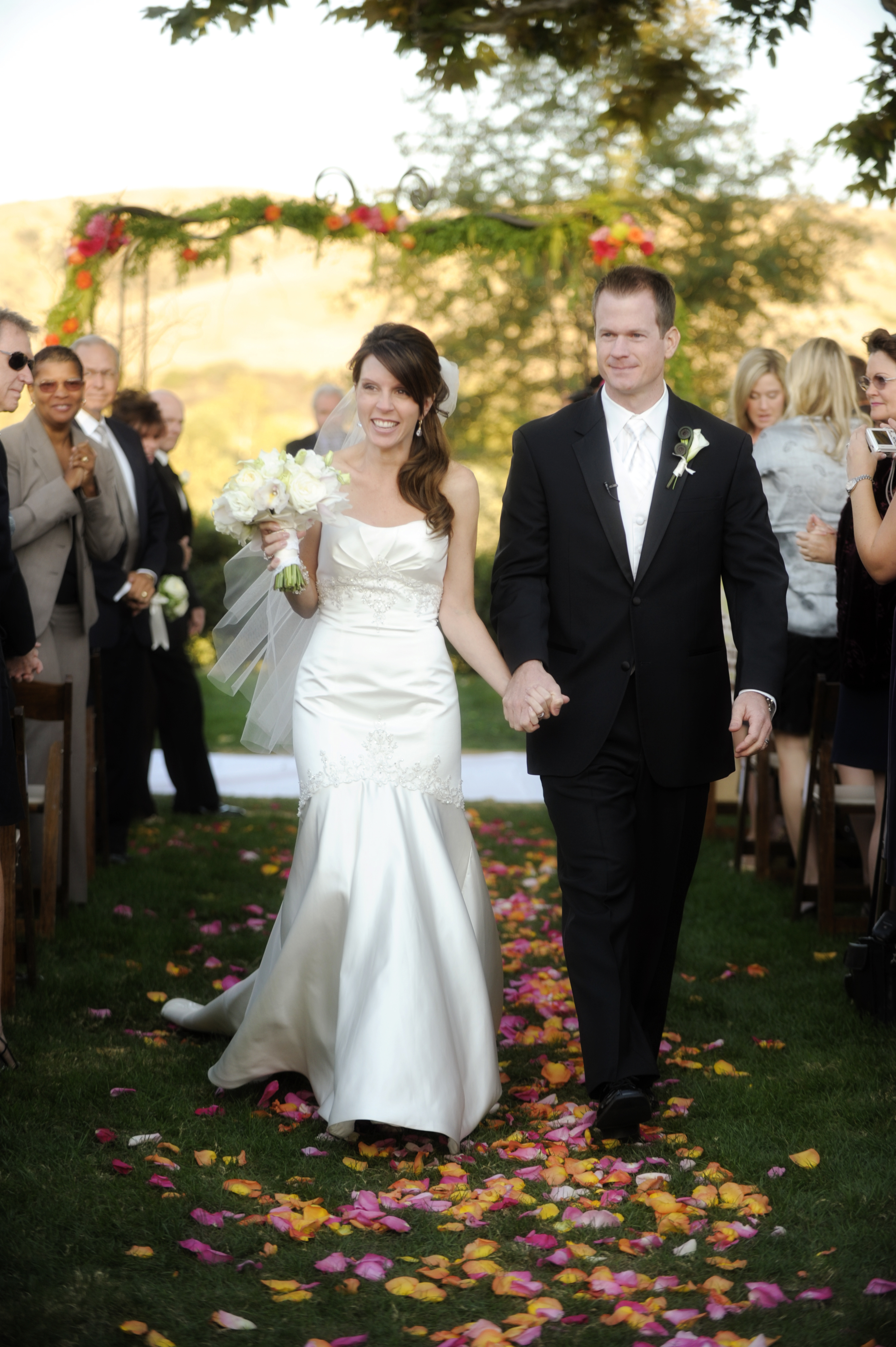 Flowers & Decor, Wedding Dresses, Mermaid Wedding Dresses, Fashion, orange, pink, dress, Centerpieces, Flowers, Centerpiece, Mermaid, Strapless, Strapless Wedding Dresses, Flower Wedding Dresses