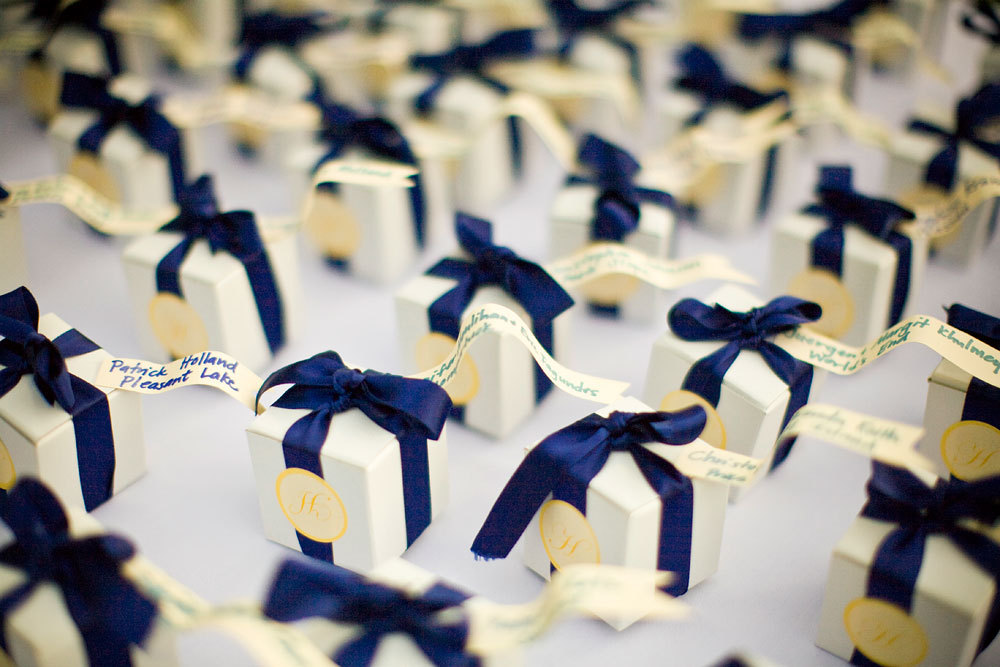 Favors & Gifts, white, blue, favor, Detail, Ribbon, Box, Decisive moment photojournalists