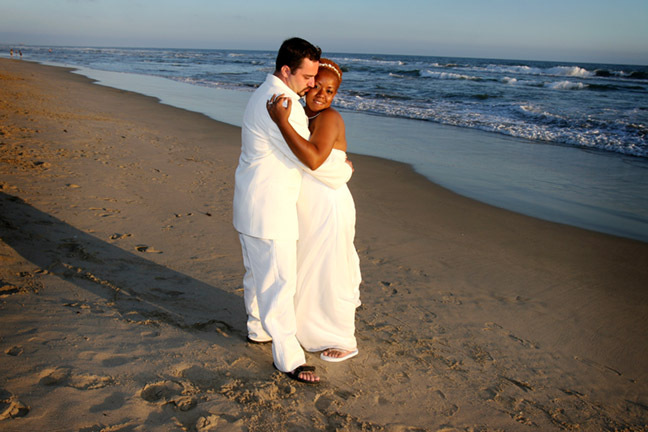 Wedding Dresses, Fashion, dress, Bride, Groom, Couple, Linda lewis photography, Beach portrait