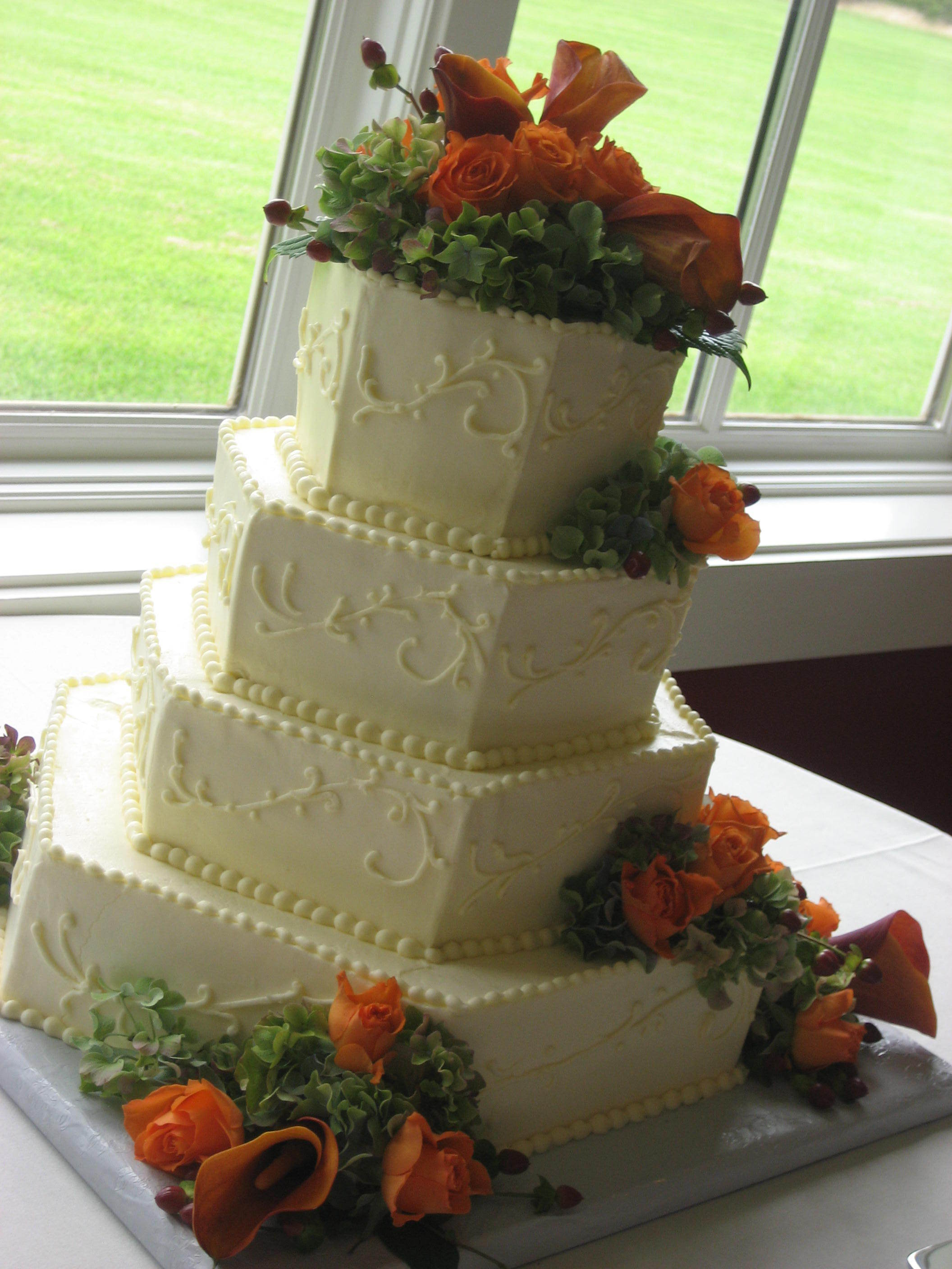 Flowers & Decor, Cakes, cake, Vineyard, Vineyard Wedding Cakes, Wedding, Family, King, Cakes unlimited
