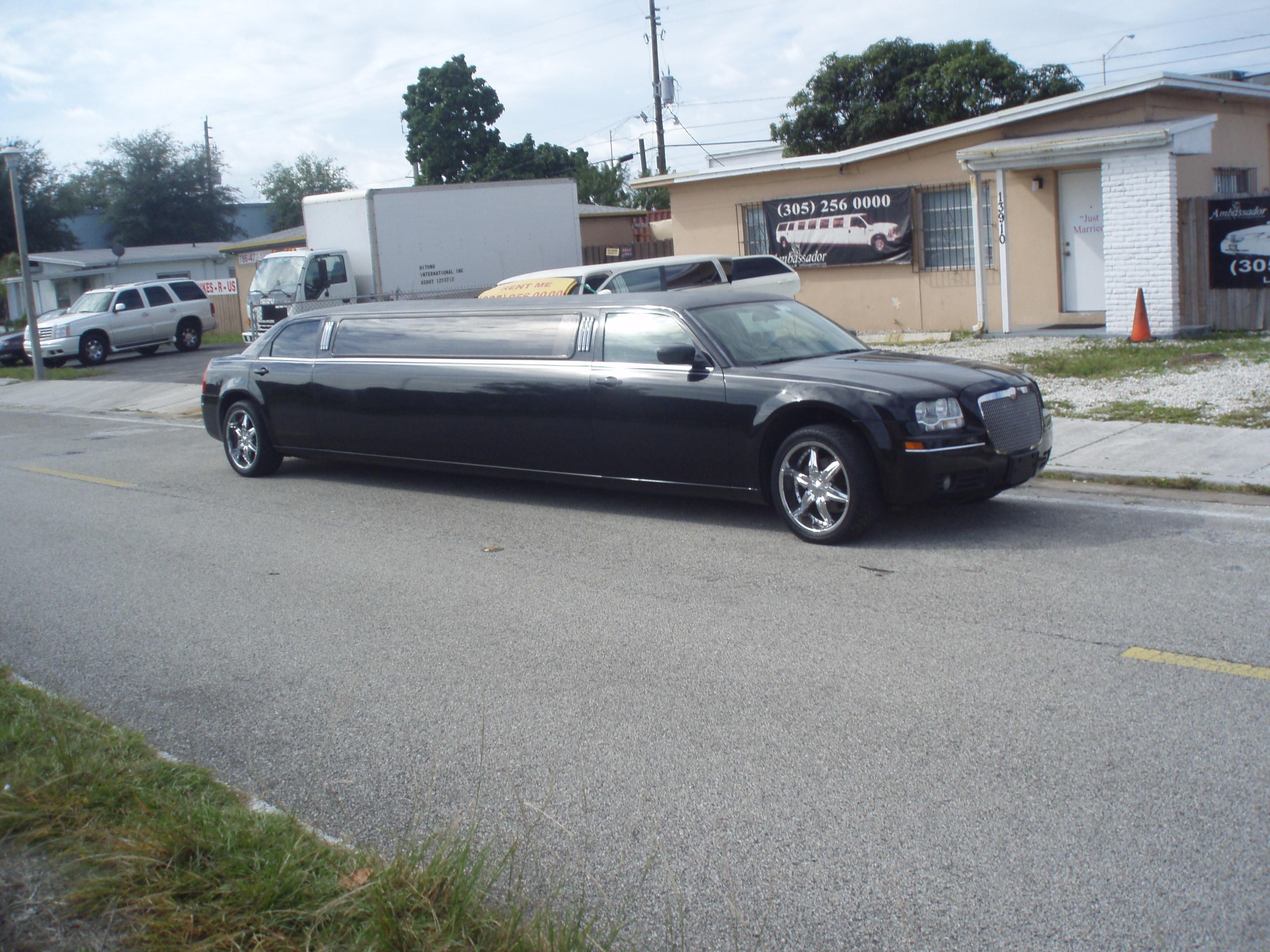 Limousine, Chrysler, Ambassador limousine transportation