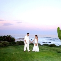 Ceremony, Flowers & Decor, Destinations, Real Weddings, Destination Weddings, Mexico, Flower girl, Sunset weddings, Baja weddings, Signature weddings, Weddings in mexico, Los cabos weddings, Wedding in los cabos
