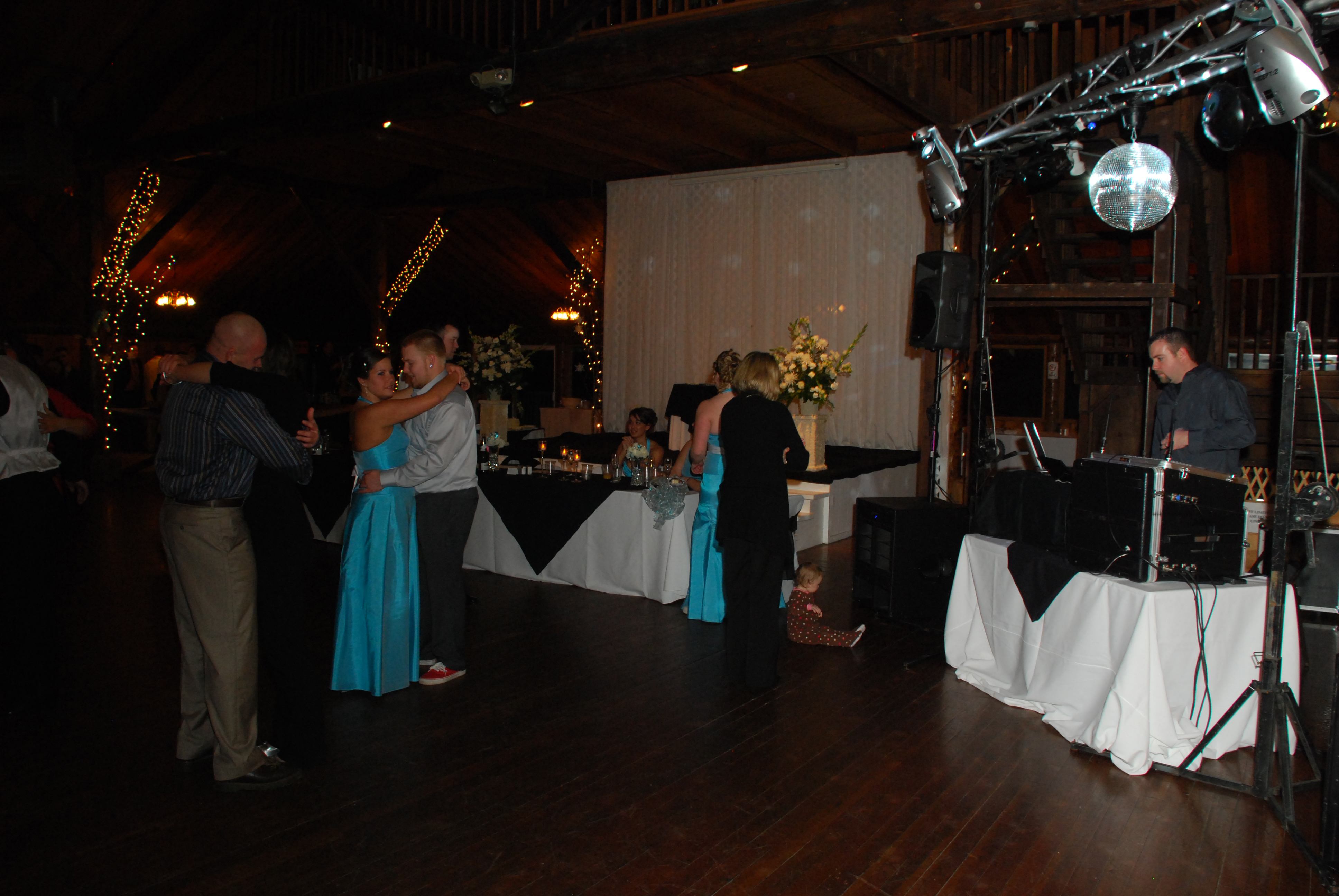 Reception, Flowers & Decor, Dj