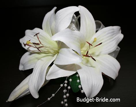 Lily, Corsage, Budget-bridecom