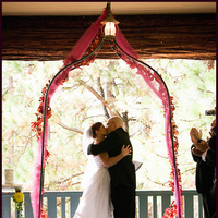 Ceremony, Flowers & Decor, Bride, Groom, Wedding, Kiss, Couple, Married, Marriage, First kiss, Altar, Bliss wedding studio