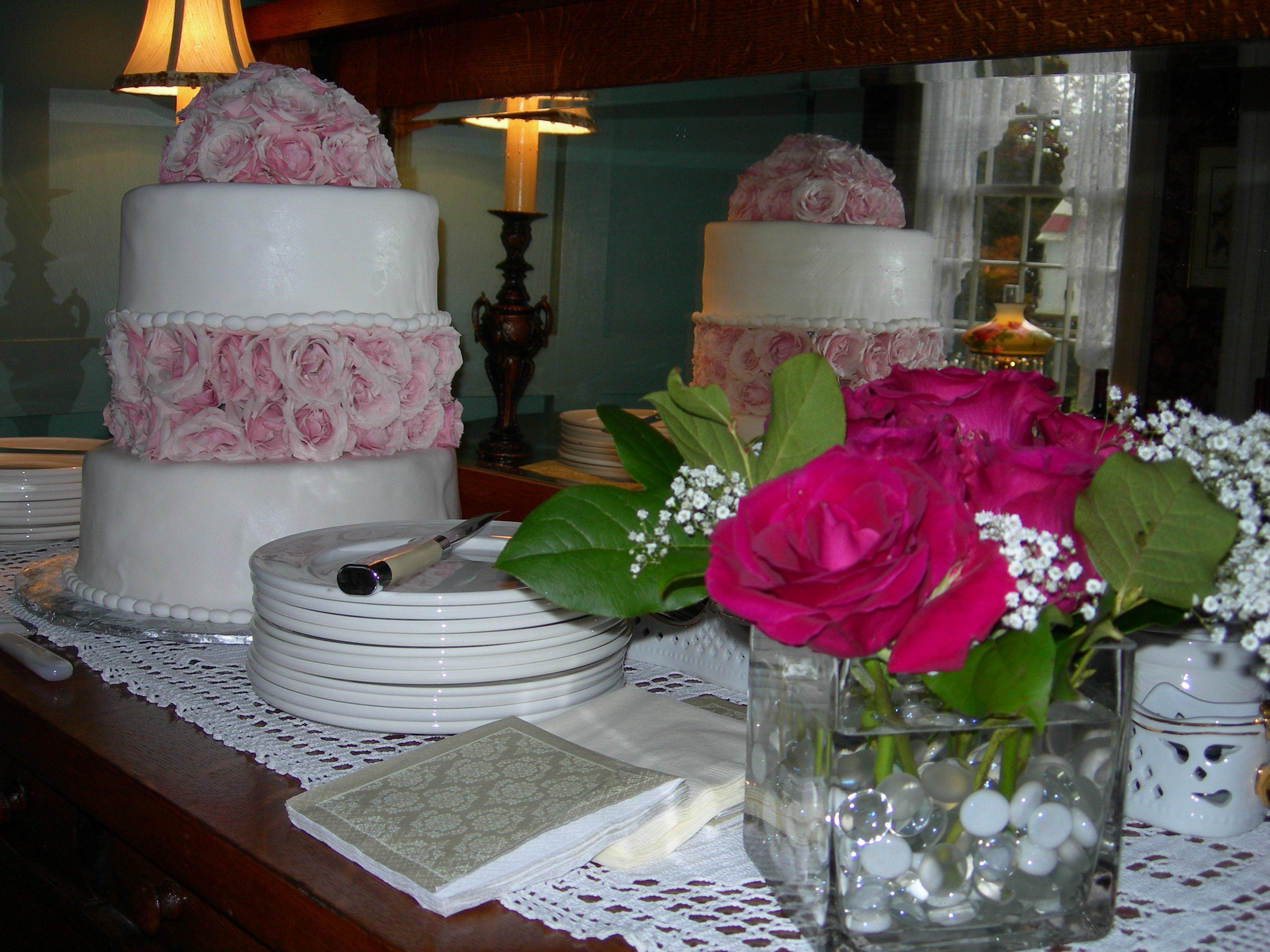 Cakes, Registry, cake, Bed, Bedding, And, Breakfast, Inn, Street, Manor, Main, Flowery