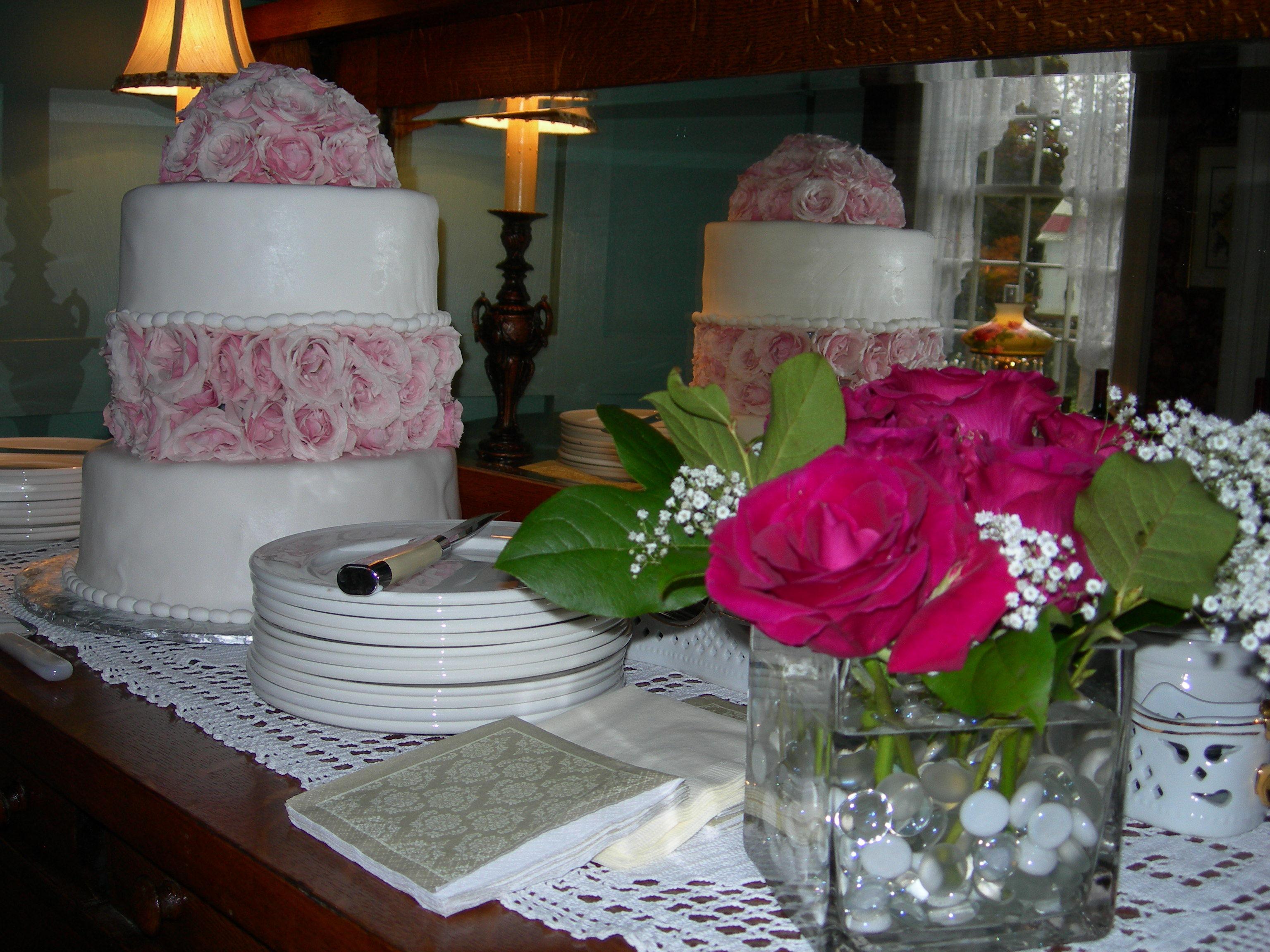 Cakes, Registry, cake, Bed, Bedding, And, Breakfast, Inn, Street, Manor, Main, Flowery