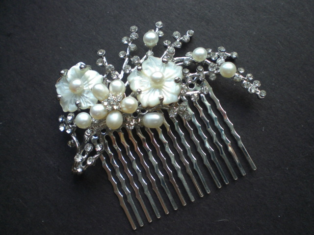 Beauty, Jewelry, Tiaras, Chignon, Updo, Curly Hair, Wavy Hair, Long Hair, Headbands, Comb, Hair, Long, Wavy, Tiara, Back, Up, Half, Crystal, Do, Swarovski, Designs, Diamond, Curly, Pulled, Rhinestone, Pearl, Headband, Piece, Hairpiece, Belle nouvelle designs, Nouvelle, Belle