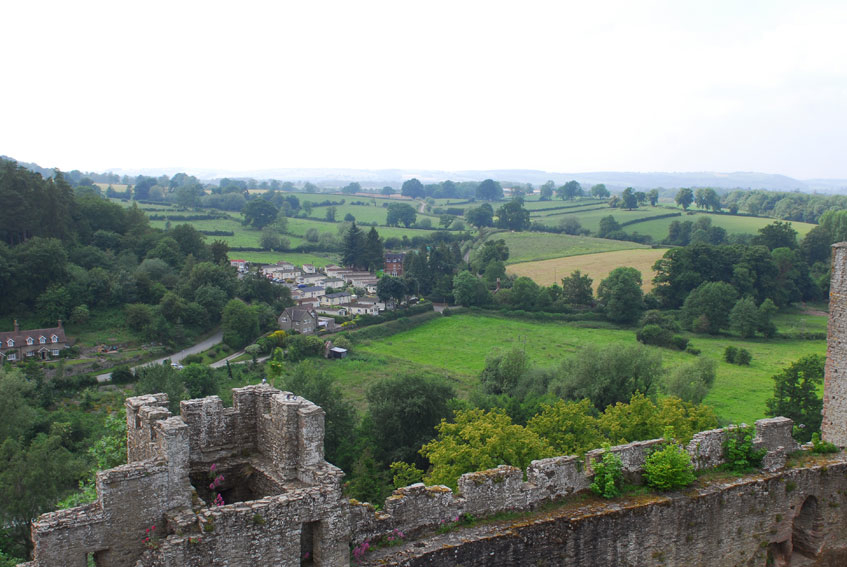 Destinations, Europe, Wedding, England, Uk, Wedding in england, Ludlow castle, Shropshire