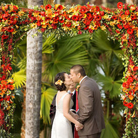Ceremony, Flowers & Decor, Decor, yellow, orange, red, Ceremony Flowers, Rustic, Flowers, Rustic Wedding Flowers & Decor, Wedding, Spanish