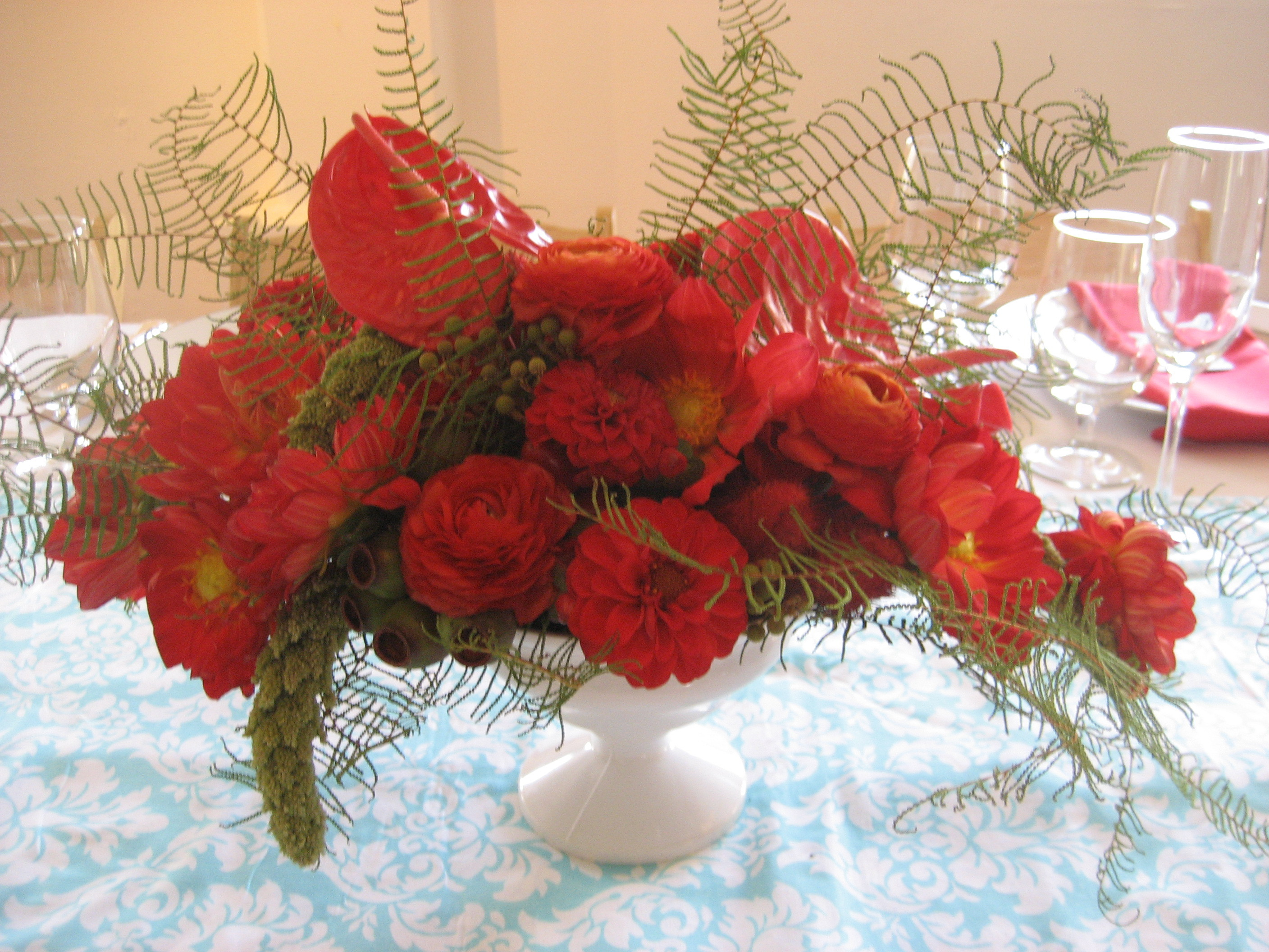 red, Centerpiece, Color, Aqua, Themed, Fleur de vie