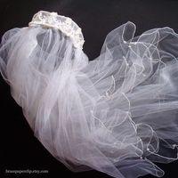 Veils, Lace Wedding Dresses, Vintage Wedding Dresses, Fashion, Vintage, Veil, Wedding, Bridal, Lace, Pearls, Tulle, Weddings, Headpiece, Etsy, Brass paperclip, Paperclip, Brass, Brasspaperclip, tulle wedding dresses