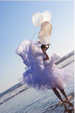 Wedding Dresses, Beach Wedding Dresses, Fashion, dress, Beach, Bride, Bridal, Editorial, Wedding dress, Balloons, Los angeles