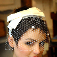 Beauty, Veils, Vintage Wedding Dresses, Fashion, ivory, Headbands, Feathers, Vintage, Veil, Headpiece, Headband, Silk, Birdcage veil, Feather, Wedding veil, Castlebride couture, Castlebride, Feather Wedding Dresses, Silk Wedding Dresses