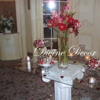 Centerpiece, Divine decor