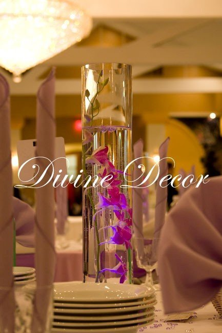 Centerpiece, Divine decor