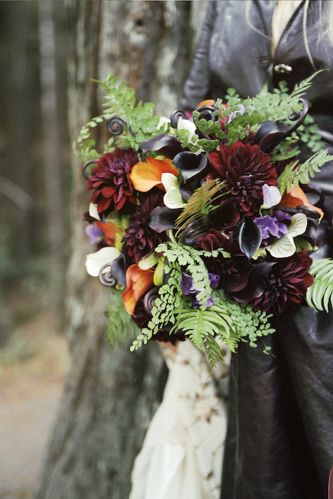 Flowers & Decor, red, green, Bride Bouquets, Flowers, Roses, Bouquet, Wedding, Forest