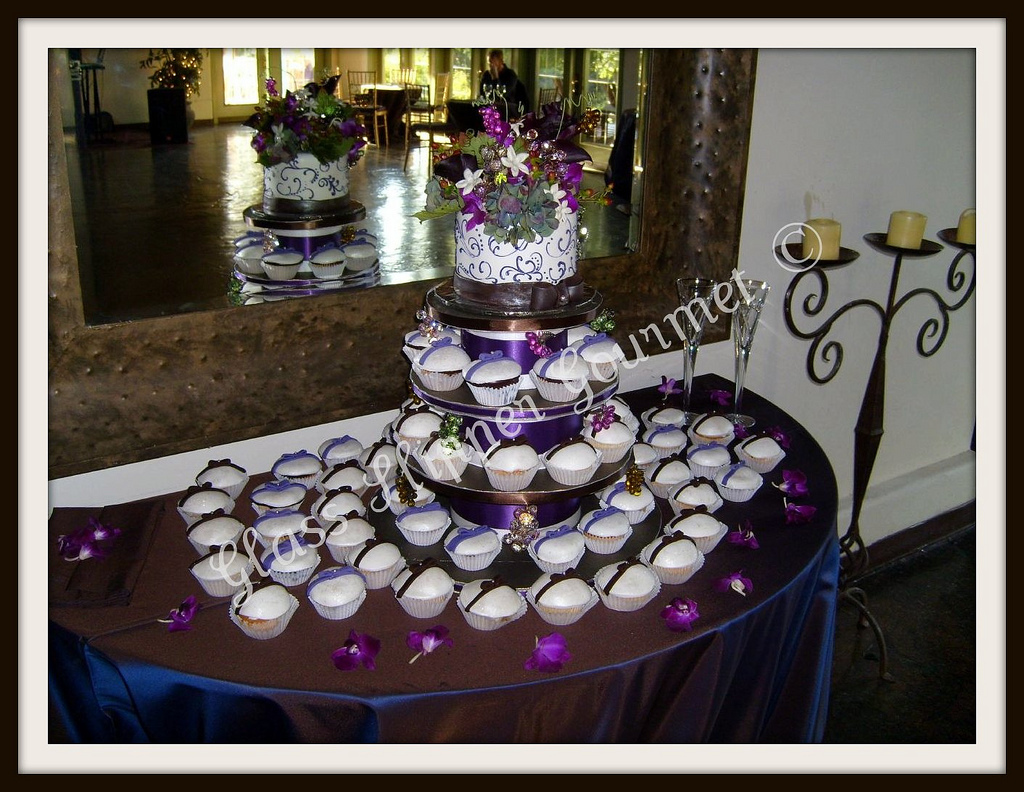 purple, Cupcakes, Grapes, Glass slipper gourmet, Vineyard wedding, Bowtie