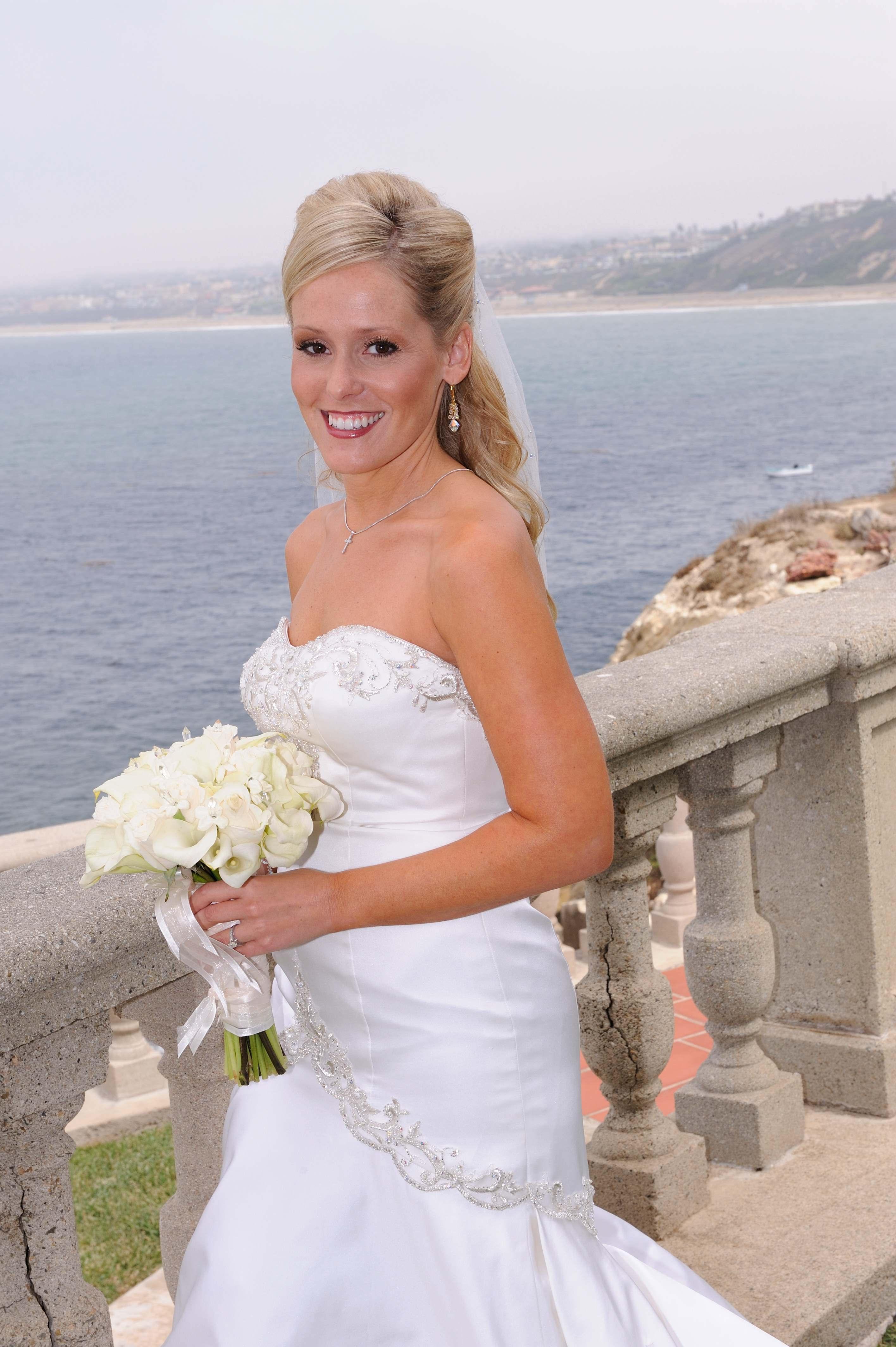 Bride, Bouquet, Ocean