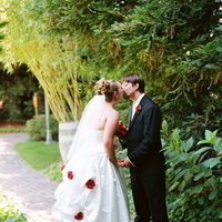 Destinations, red, North America, Wedding, Napa, Dramatic, Kissing couple, Napa valley