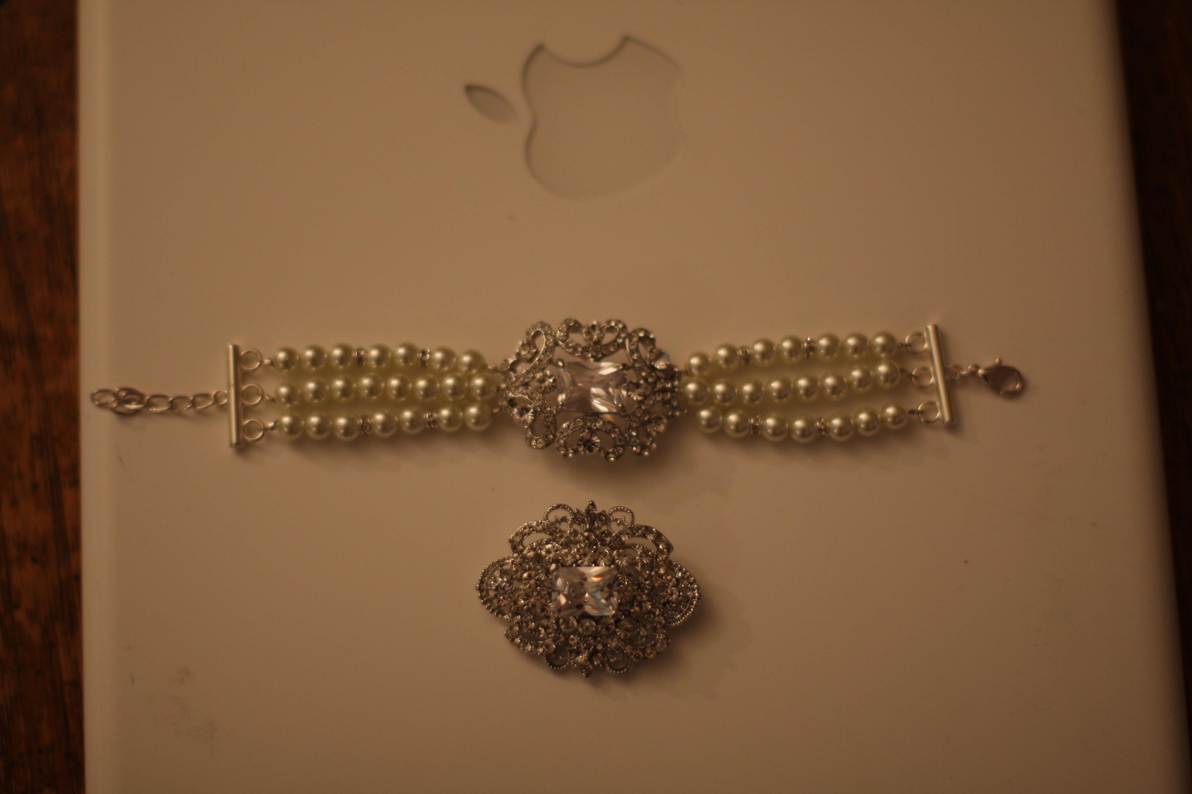 Jewelry, Bracelets, Brooches, Bracelet, Brooch, Petite