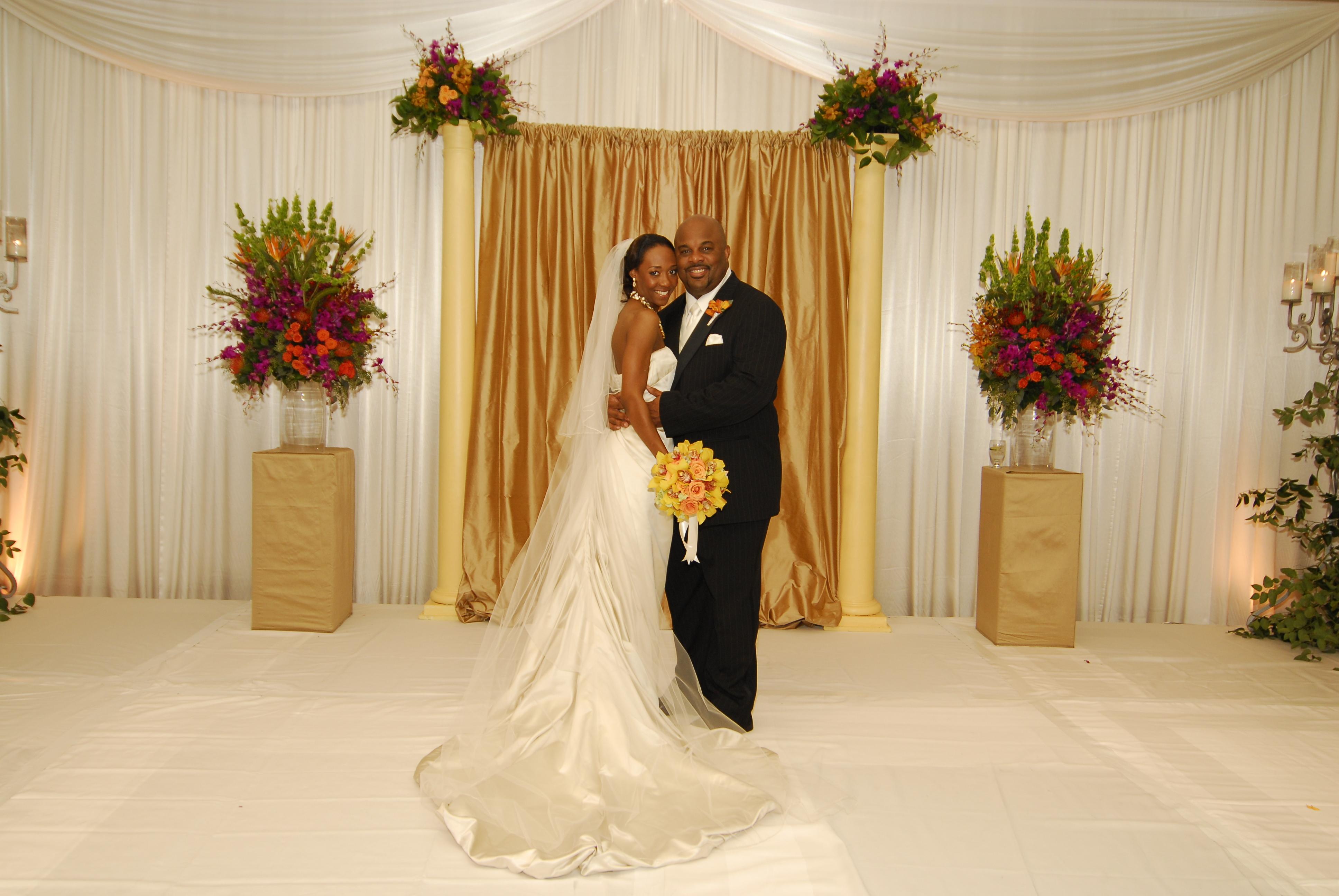 Center, Hilton, Lincoln, Dallas, Weddings of elegance
