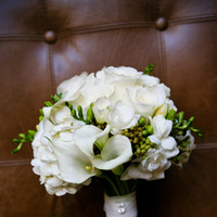 Flowers & Decor, white, Bride Bouquets, Flowers, Roses, Bouquet, Calla, Bridal, Hand, Lily, Freesia, Just bloomed florals, Held