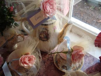 Gifts, Roses, Tea, Cups, Antique, Celestes event planning