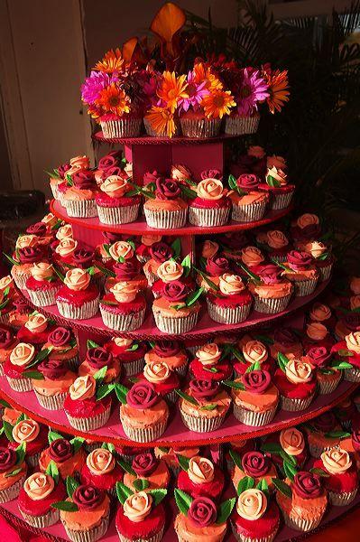 Cakes, Wedding Cakes, Cupcakes, Fondant, Buttercream, Cheap, Wedding cupcakes, Deals, Money saving wedding cake alternative, Cambridge cupcake co