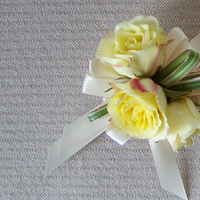 Flowers & Decor, ivory, yellow, Corsages, Flowers, Corsage, Floral verde llc