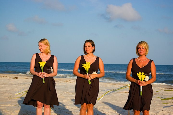 Flowers & Decor, Bridesmaids, Bridesmaids Dresses, Fashion, yellow, brown, Bride Bouquets, Bridesmaid Bouquets, Flowers, Bouquet, Flower Wedding Dresses