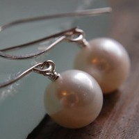 Jewelry, white, Earrings, Round, Pearls, Bridal jewelry, Dangle, Wedding jewelry, Bridesmaid jewelry, South paw studios