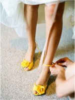 Flowers & Decor, Shoes, Fashion, yellow, Flower