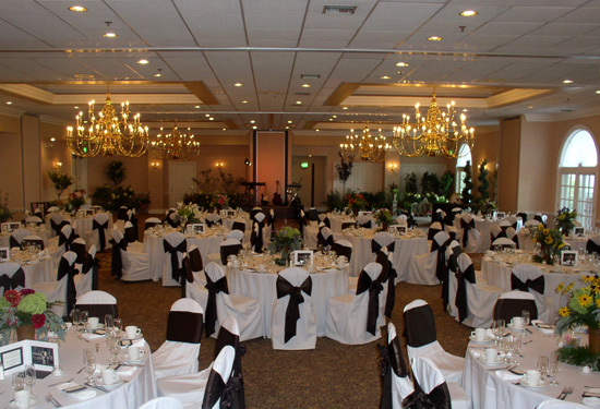 Reception, Flowers & Decor, Heidel house resort, Lakeview