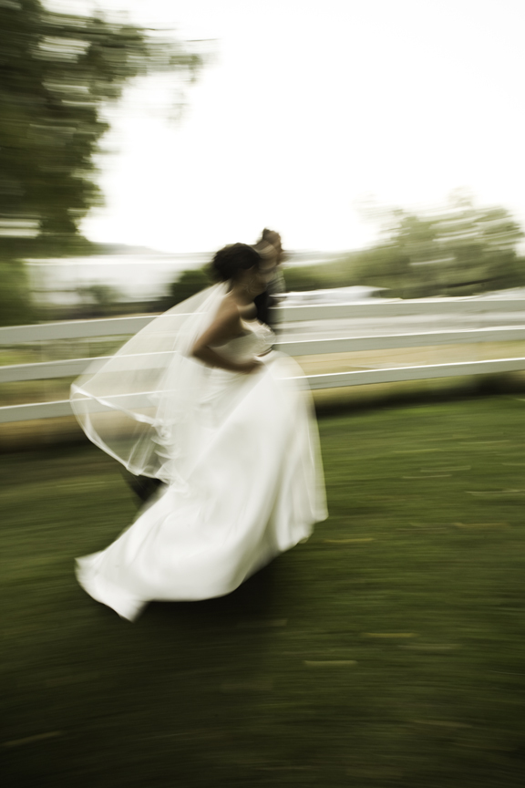 Bride, Running, Llanes weddings