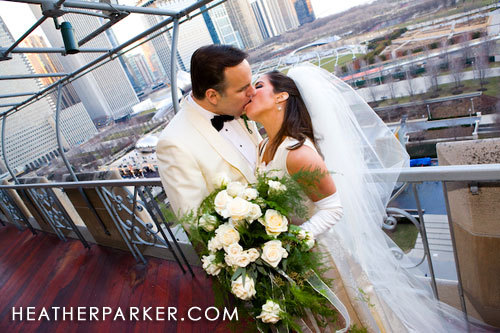 Photography, Bride, Groom, Wedding, Kiss, Of, Sunset, Club, Heather, Parker, Chicago, Photoshoot, Rooftop, University, University club of chicago