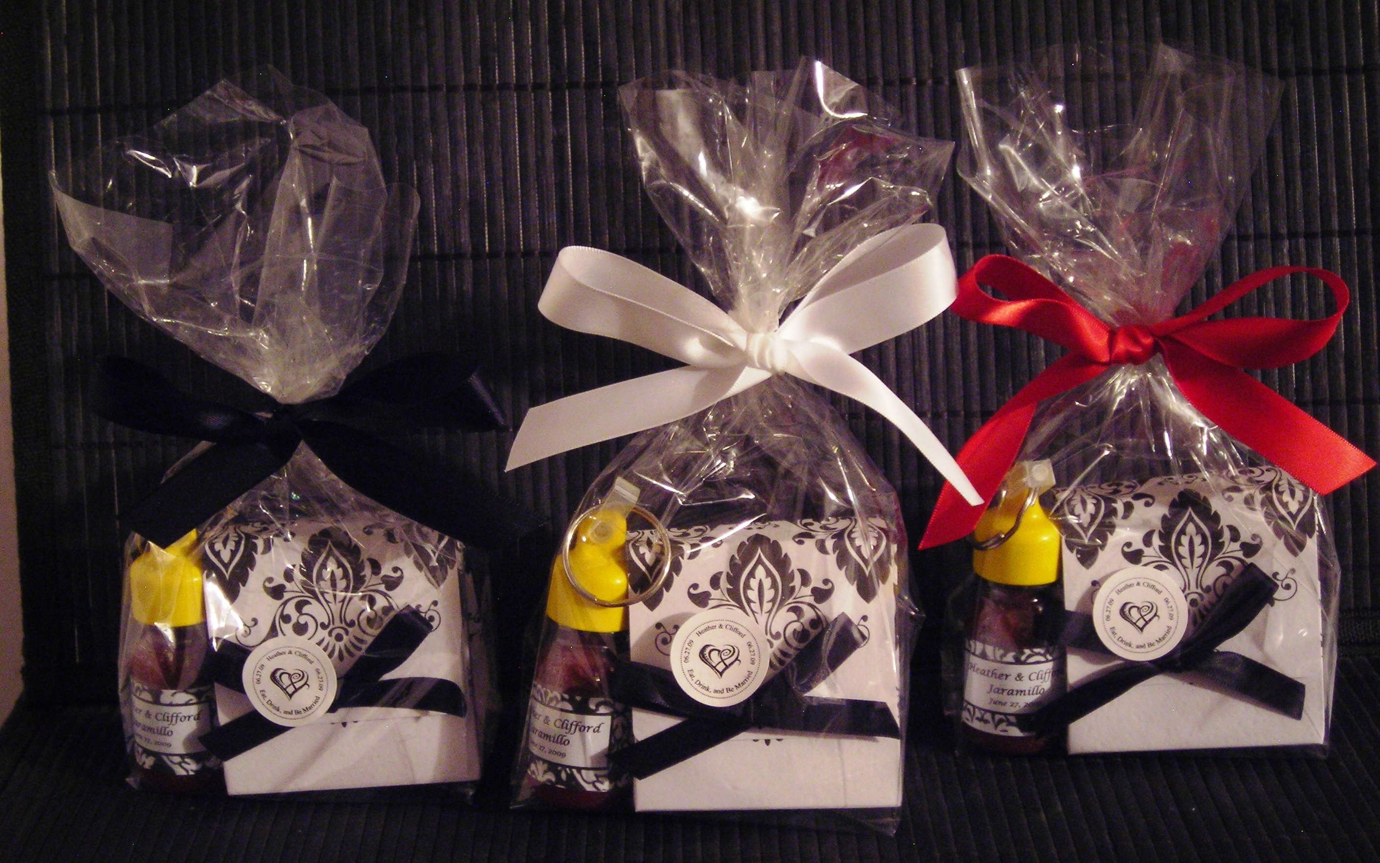 Favors & Gifts, Favors